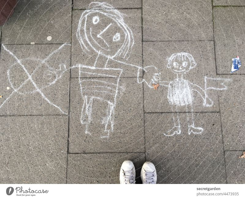 We'll do it with the flags. Graffiti Infancy Child Chalk Chalk drawing floor Stone slab walkway Playing feet Joy Painting (action, artwork) Children's game