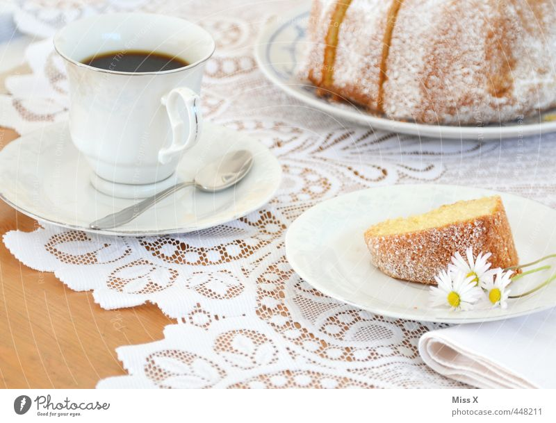 White Feasts & Celebrations Food Birthday Beverage Nutrition Sweet Coffee Delicious Bouquet Breakfast Crockery Cake Cup Daisy Baked goods