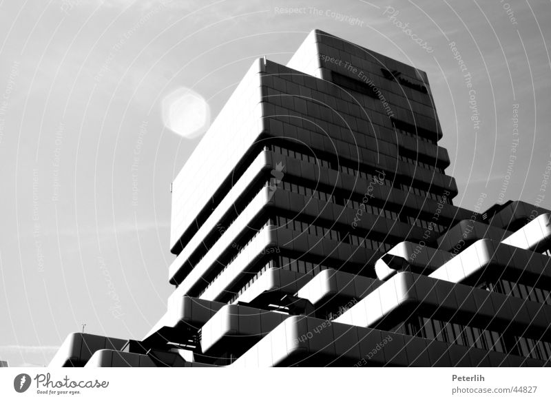 White House (Residential Structure) Black Architecture Duesseldorf