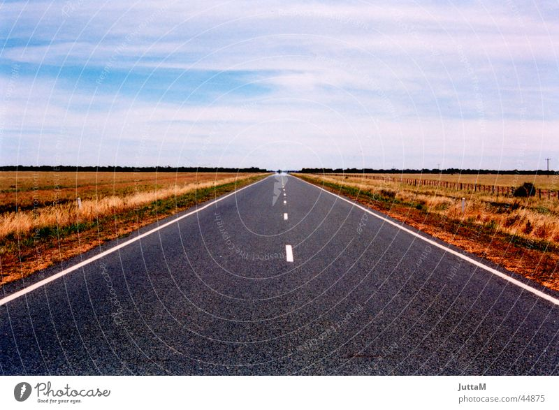 Road to nowhere Horizon Australia Infinity Transport Street Perspective Sky Earth Empty Far-off places Escape