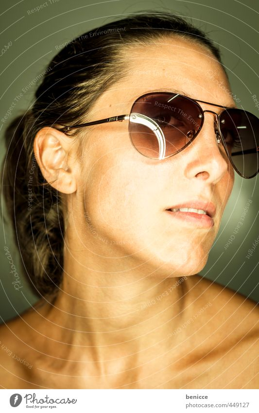 sunglasses III Woman Human being Portrait photograph Sunglasses Close-up Looking into the camera Workshop Studio shot ring flash Weather protection Dark-haired