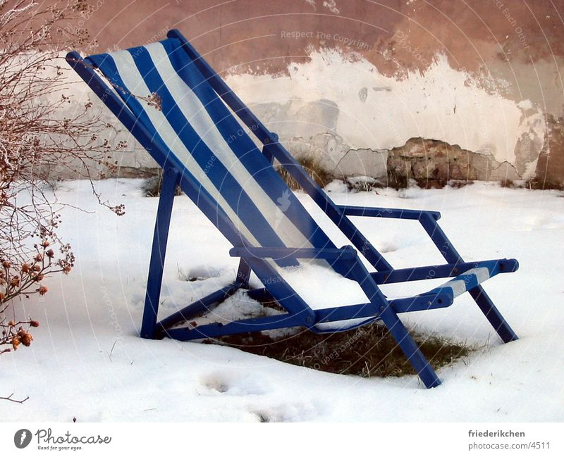 Deckchair in the snow II Snow Day Winter Shutter House (Residential Structure) Wall (building) Blue Stripe Thaw Weather Moody Snowscape Garden Park