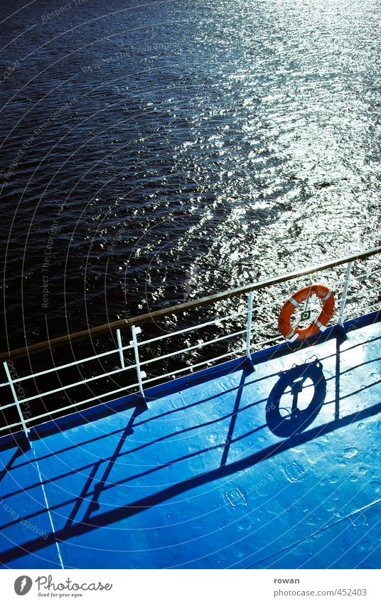 Sun Ocean Warmth Coast Watercraft Waves Circle Handrail Navigation Summery Cruise Glimmer Life belt