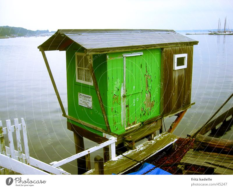 closed in rain Green Navigation Hut Water Harbour Old