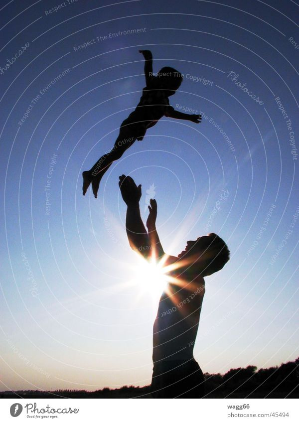 Look at me, I'm flying! Family & Relations Man Child Sun silouette pitch Dusk
