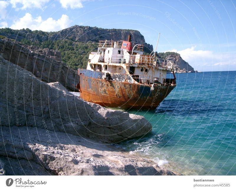 Old Sun Ocean Watercraft Rust Navigation Stranded Shipwreck