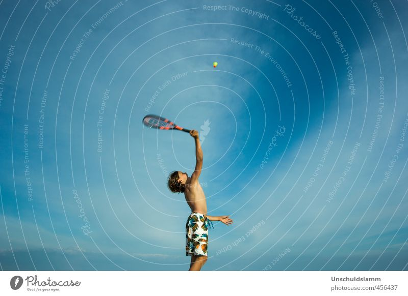 speedminton Athletic Fitness Leisure and hobbies Playing Vacation & Travel Summer Summer vacation Beach Sports Sports Training Human being Masculine Boy (child)