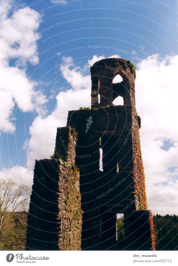 Old Architecture Might Castle Ruin Ireland Knight Gigantic Massive Castle ruin