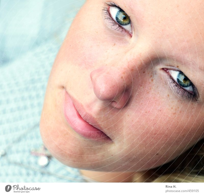 eye contact Human being Feminine Girl Young woman Youth (Young adults) Face 1 Bright Beautiful Intensive Eyes Think Looking Close-up Direct Colour photo