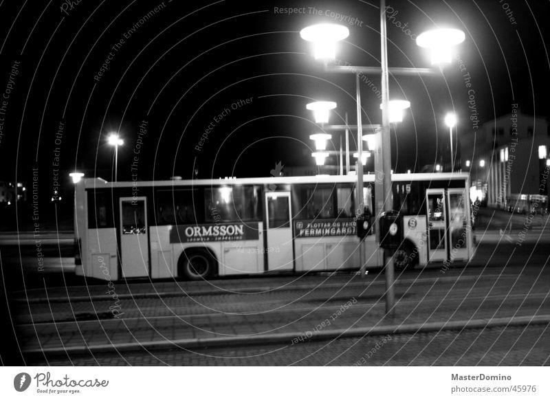 Dark Lighting Wait Empty Europe Bus Iceland Vehicle Street lighting Anonymous Trash container Night shot Comfortless Bus stop Control desk Lækjatorg