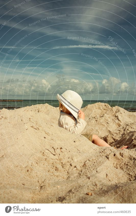 Thoughts are free Leisure and hobbies Playing Vacation & Travel Freedom Summer Summer vacation Beach Ocean Child Toddler 1 Human being Sand Sky Clouds Hat Think
