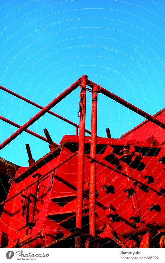 Sun Red Summer Power Rust Machinery Handrail Gravel Rod Heavy Work of art Archaic Decompose Works Shut down
