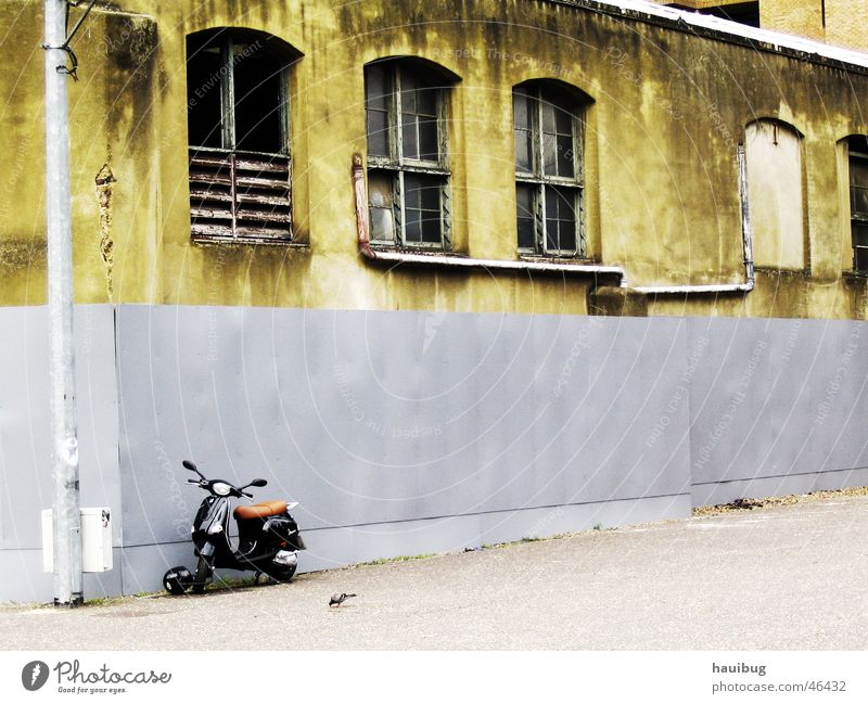 Old Loneliness Wall (building) Sadness Grief Scooter Motorcycle