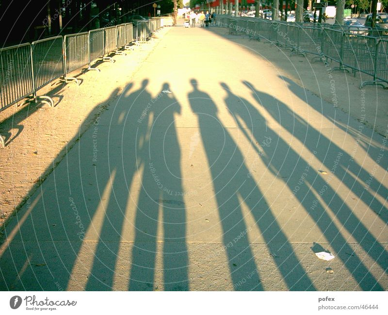 friends Paris France Friendship Evening sun Sun Shadow champs-elyseé 7 people