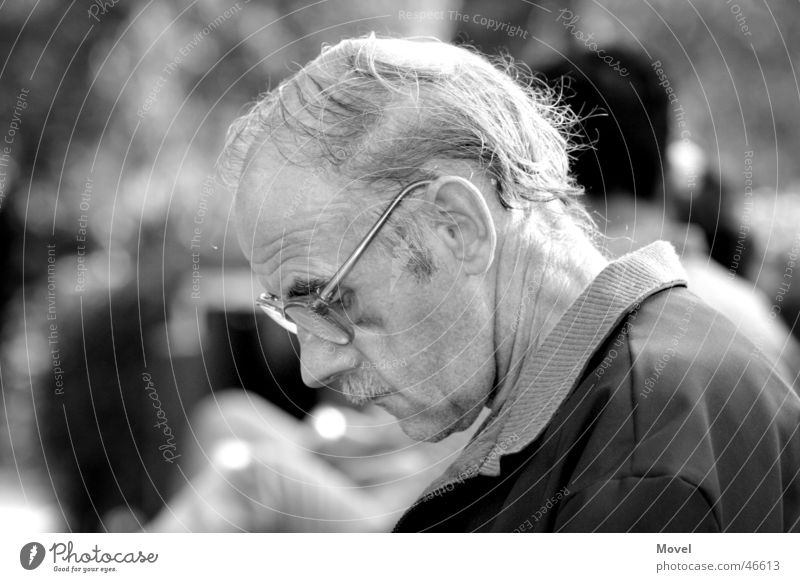 Human being Man Old White Loneliness Calm Black Face Adults Sadness Senior citizen Gray Think Moody Masculine Park