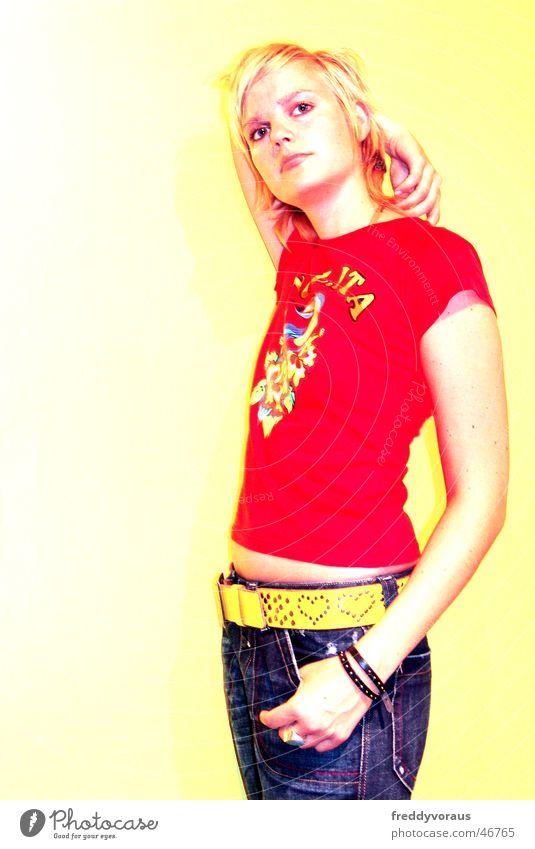 Woman Red Yellow Model Jeans T-shirt Belt