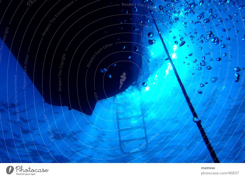 Water Ocean Air Watercraft Rope Dive Ladder Radiation Air bubble Visual spectacle Egypt Diver Beam of light