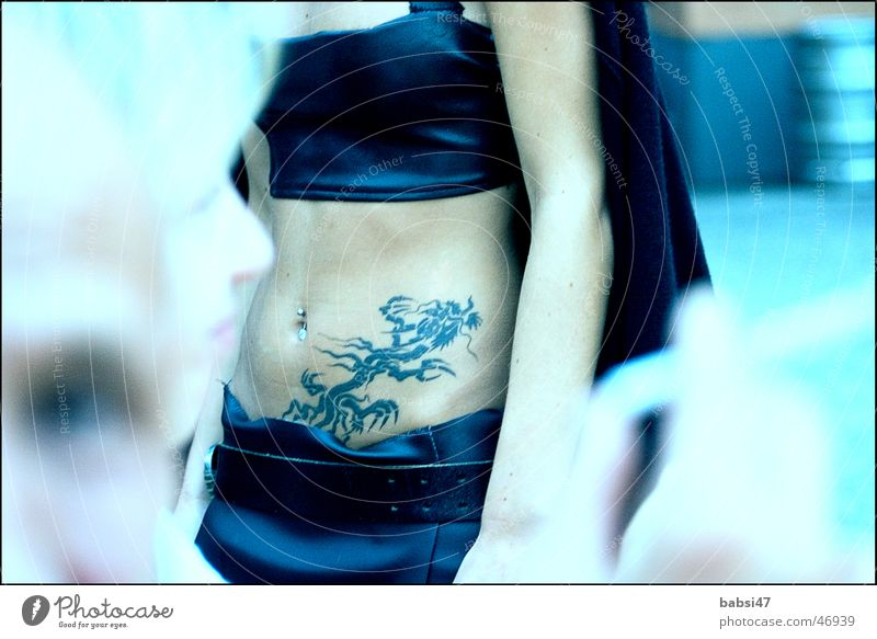 Belly_free Tattoo Woman Navel Stomach Blue Detail