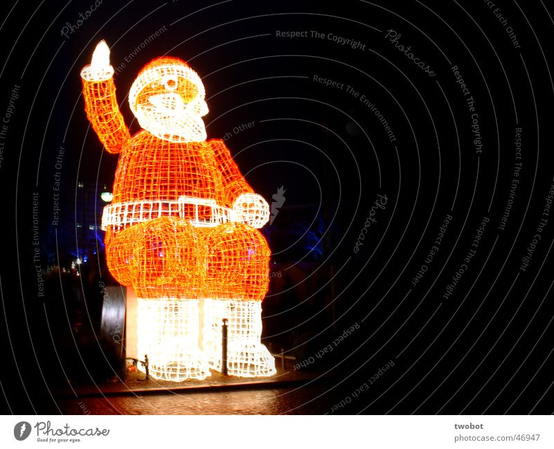 Christmas & Advent Red Winter Dark Cold Berlin Ice Bright Moody Fresh Santa Claus Sculpture Flashy