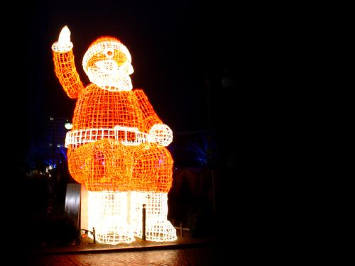 it's christmas again Fairy lights Sculpture Christmas & Advent Santa Claus Winter Dark Cold Red Light Moody Ambient Ice Berlin Flashy Fresh Bright