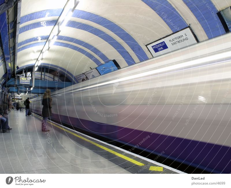 Transport Railroad Station Underground London London Underground Arrival