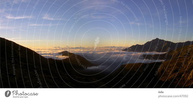 Sun Clouds Mountain Fog Large Horizon Vantage point Panorama (Format)