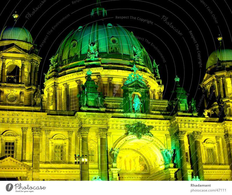 Berlin Cathedral Night Light Art dom berlin night light illumination art berlin Dome Lighting