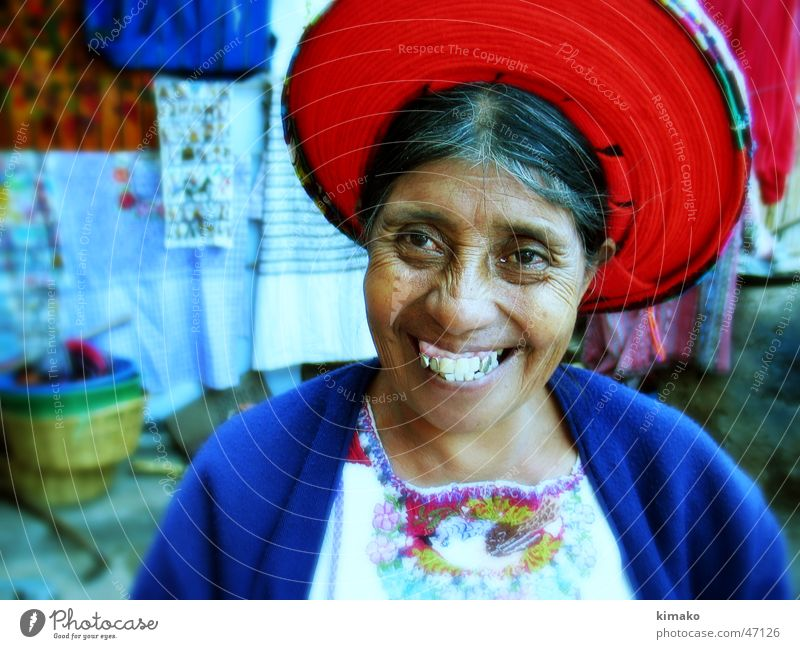 Fabric Seller Guatemala Grinning Cross processing Cloth Americas Woman fabric color Colour Laughter kimako.