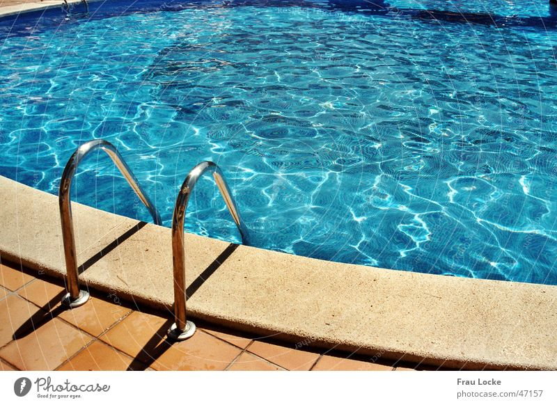 bathing fun Swimming pool Vacation & Travel Chlorine Summer Pool border swimming pools ´planschbecken Water Sun Basin