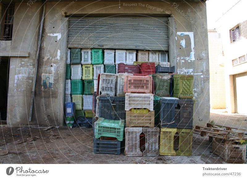 Sun Colour Concrete Logistics Store premises Statue Agriculture Crate Stack Storage Loading ramp Plastic box