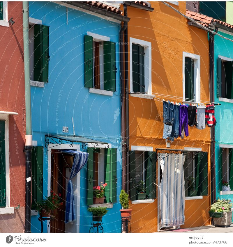 colour detergent Vacation & Travel Sightseeing City trip Summer vacation Living or residing Flat (apartment) House (Residential Structure) Venice Burano Italy