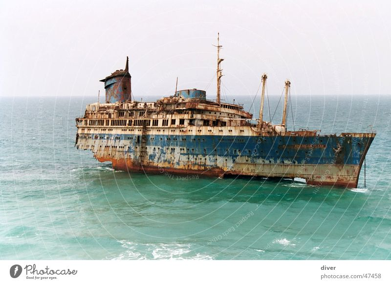 American star Watercraft Wreck American Star Accident Coast Ocean Maritime disaster Steamer Fuerteventura Disaster Rust Grief Sadness