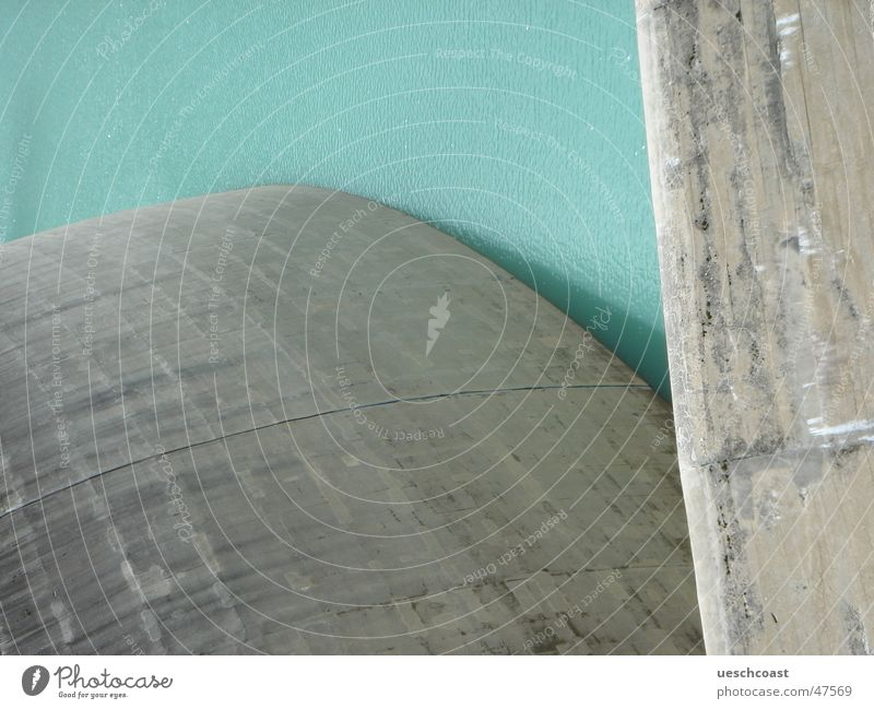 Water Green Blue Mountain Gray Wall (barrier) Lake Concrete Tall Speed Closed Energy industry Might Dangerous Round