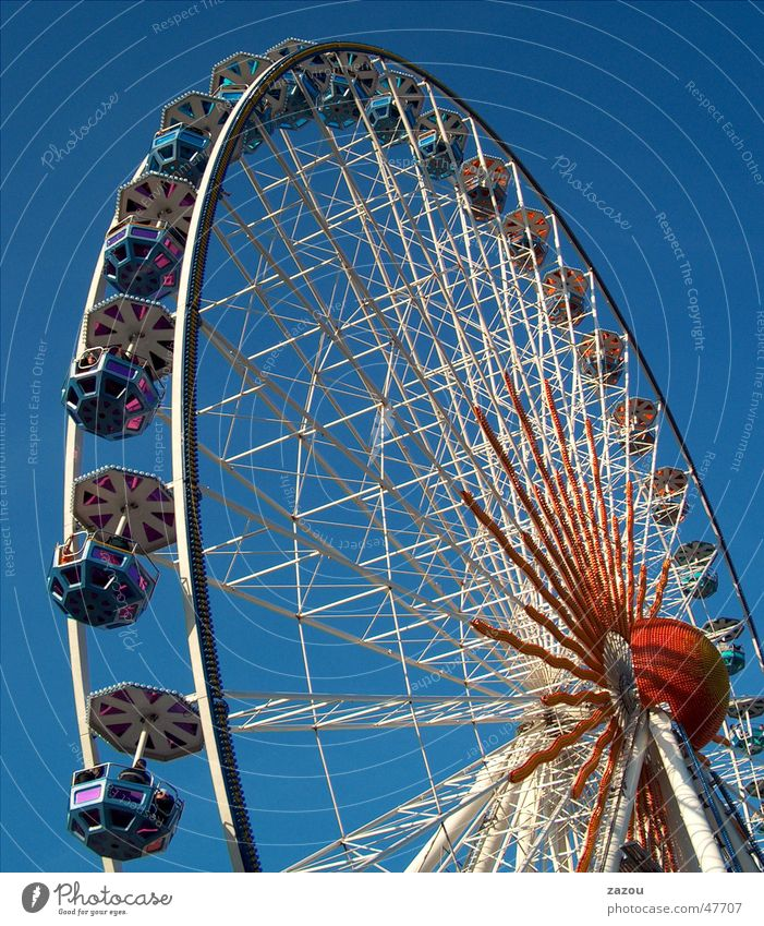 Joy Relaxation Feasts & Celebrations Leisure and hobbies Fairs & Carnivals Oktoberfest Ferris wheel