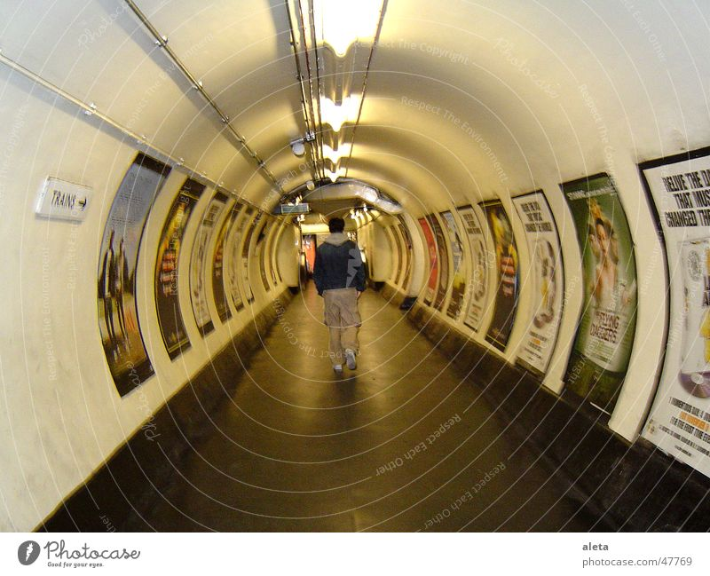 London Tube Tourism Sightseeing City trip Masculine Man Adults Body Back 1 Human being 18 - 30 years Youth (Young adults) Capital city Downtown Tunnel