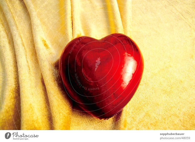 Red Love Yellow Heart Gold Romance Kitsch Decoration Rag Valentine's Day