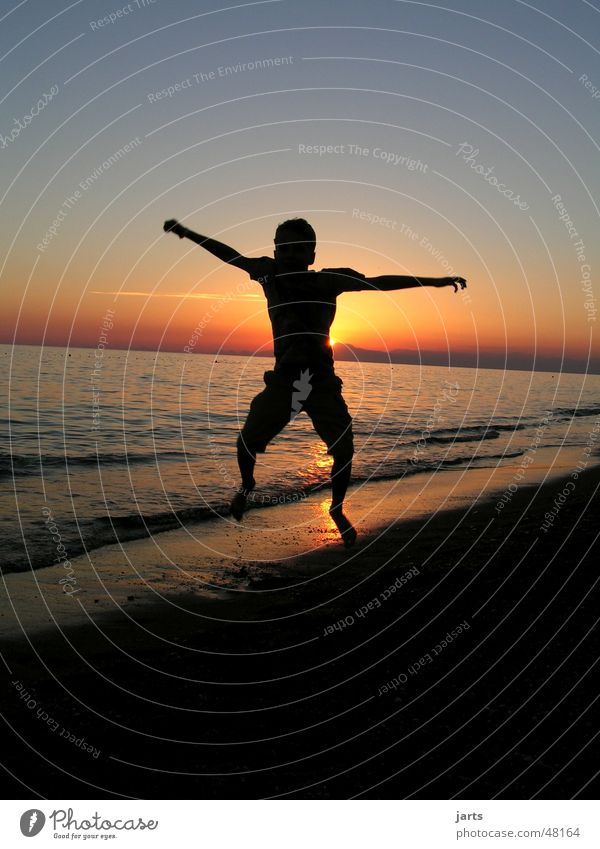 jump Joy Happy Vacation & Travel Freedom Summer Beach Ocean Youth (Young adults) Jump Brash Friendliness Happiness Sunset Light heartedness Colour photo