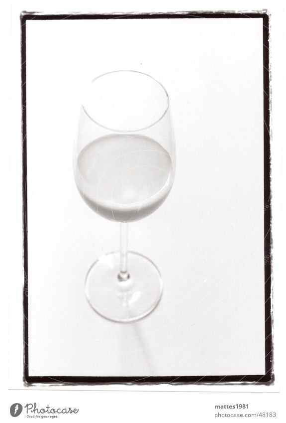 Glass Beverage Milk Cold drink Object photography Wine glass Bright background