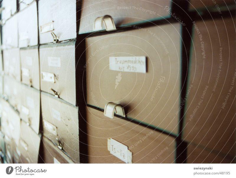 archiv2 {bundesprüfstelle für jugendgefährdende medien} (federal testing authority for media harmful to young people) Collection Arrange