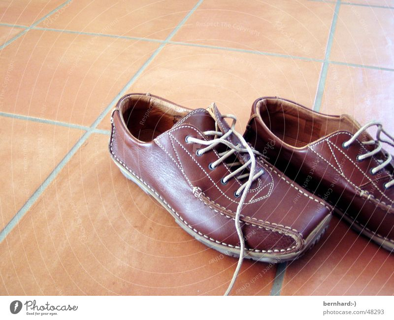 Loneliness Footwear Brown Elegant Floor covering