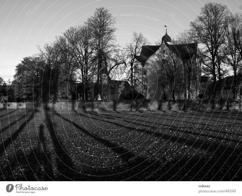 Castle park in autumn Park Klaffenbach moated castle Autumn Meadow Shadow autumn sun Sun
