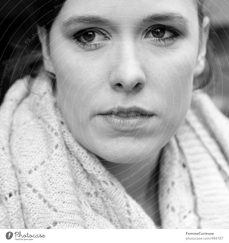 Mysterious Woman (III). Elegant Style Beautiful Feminine Young woman Youth (Young adults) Adults Head Face 1 Human being 18 - 30 years Close-up Brown eyes