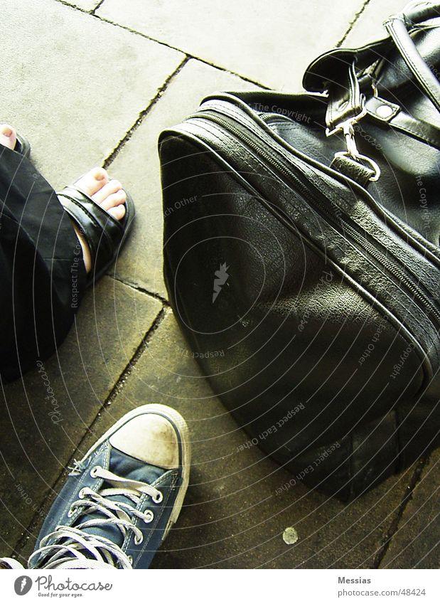Vacation & Travel Footwear Wait Trip Bag