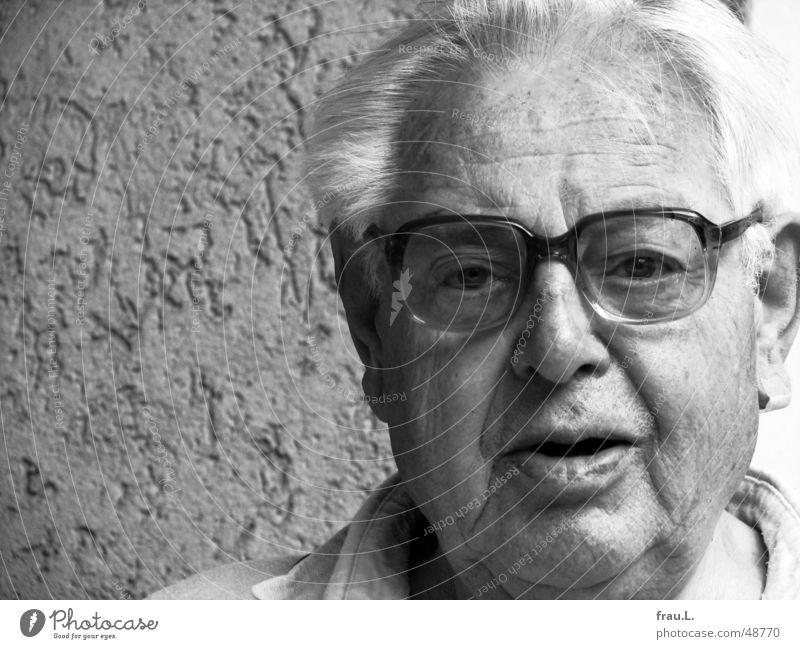 dad Man Senior citizen portrait Eyeglasses Grandfather White-haired Trust 80 years Face Black & white photo