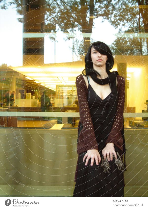 Woman Hand Beautiful Tree Yellow Brown Glass Dresden Mirror Dusk Scarf Black-haired