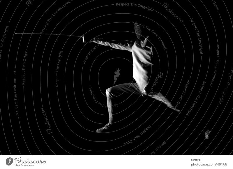 Lateral failure Fencing Dark Light Martial arts Fighter Protective clothing Weapon Sword Breakdown Sporting event Black & white photo Contrast Sports