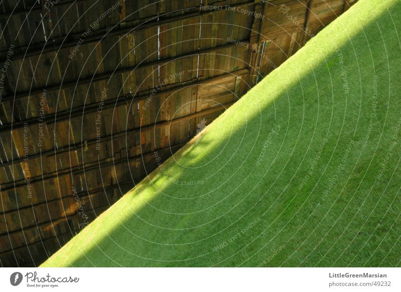 diagonal Green Grass Wood Covers (Construction) Parc de Bercy Paris Lawn Sun Shadow Scaffold