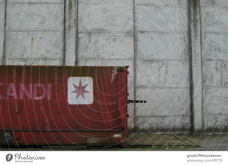 andi Concrete Red Gray Container Star (Symbol) grey