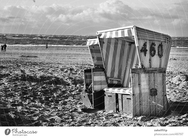 fresh breeze Beach Ocean Lake Clouds Basket Beach chair End of the season Stripe Loneliness Calm Vacation & Travel Wind Water Sand Sky North Sea