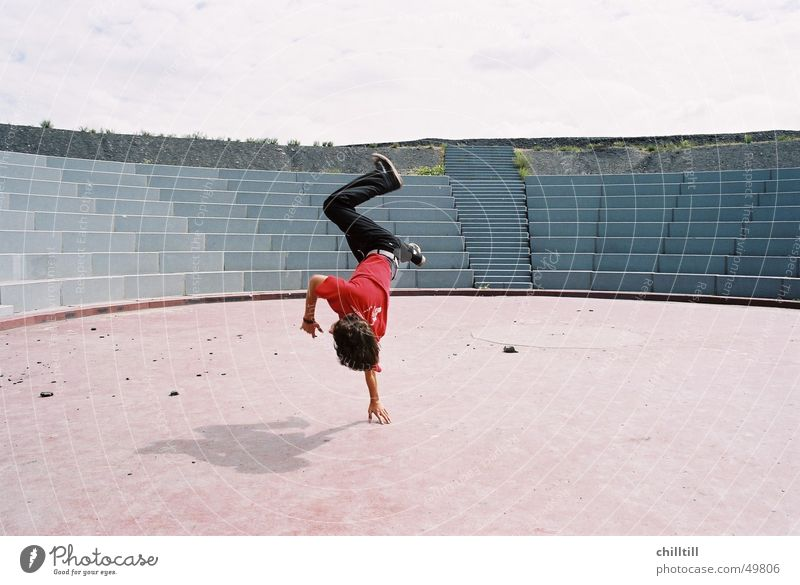 colloseum Jump Red Salto Acrobat Bottrop Youth (Young adults) Free Freedom masculine